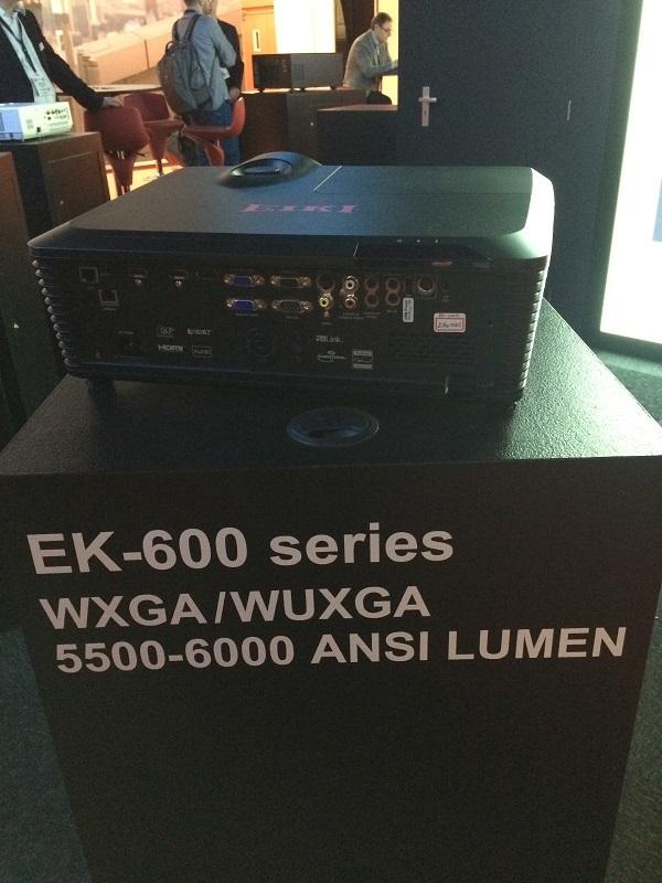 EIKI EK-600