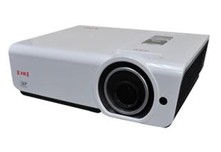 Обновленная линейка проекторов EIKI для ярко освещенных офисов и аудиторий